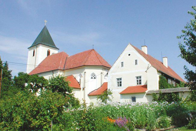 Pfarrkirche Hoehenberg